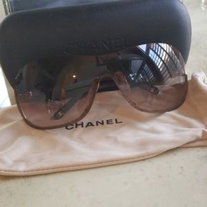 Authentic Chanel Bronze/Pearl/Goldtone Sunglasses
